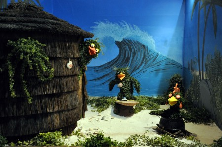 Picture of American Ivy Society's 2012 Flower Show exhibit with topiary surfer penguins
