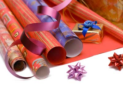 recycled wrapping paper crafts 1
